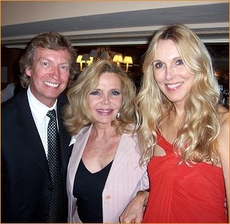 Nigel with beauties Deanna Lund and Alana Stewart