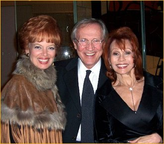 With Pat Sellers and Roy Thinnes